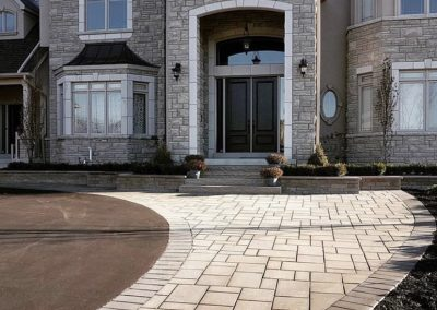 Paver Driveways & Retaining Walls